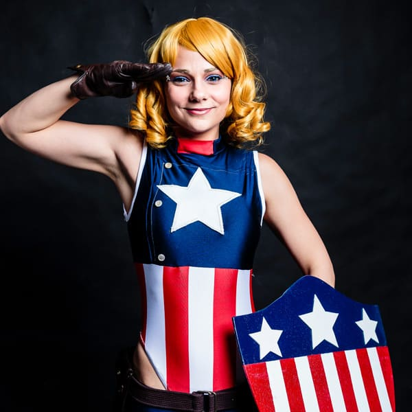 05122015-gaam-cosplay-avengers-video game-ms-valentine-captain-america